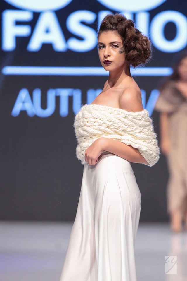MP Design Пола и шал от плетиво Официални рокли София