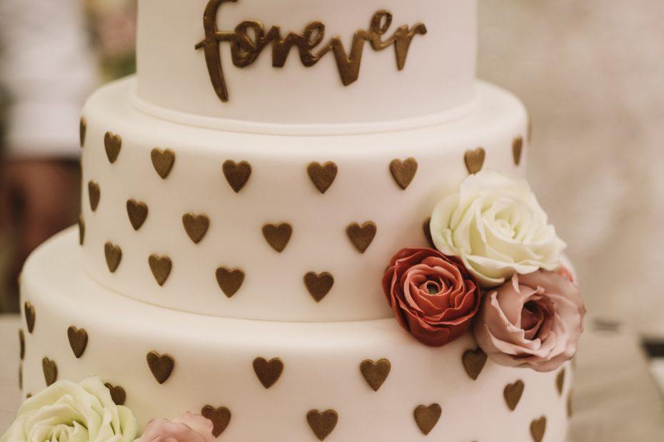 Нещата, които задължително трябва да знаете при избора на сватбена торта